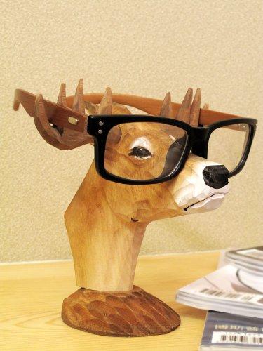 [Neustadt] ハンドメイド 木彫り シカの  木製 メガネスタンド オシャレ 眼鏡置き