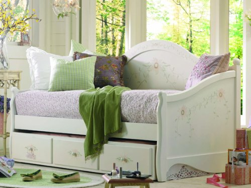 Opus Designs Madeline's World Day Bed with Trundle