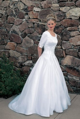 Lds wedding dresses temple approved for Temple ready wedding dresses