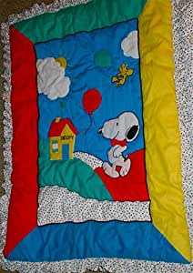 Snoopy - Baby Quilt, Coverlet, Blanket - Quiltex Peanuts Collection