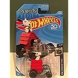Hot Wheels 2018 50th Anniversary HW Screen Time Peanuts Snoopy Car 25/365