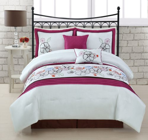 Ideal  Piece Queen Giselle Bed in a Bag w TC Sheet Set