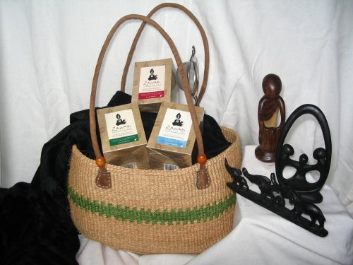 "Kwnza ""Heart-Of-The-Family"" Gift Basket By Zawadi African Tea"