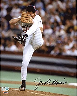 Jack Morris Minnesota Twins Autographed 8'' x 10'' Pitching Photograph - Fanatics Authentic Certified
