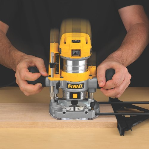 DEWALT-DWP611PK-125-HP-Max-Torque-Variable-Speed-Compact-Router-Combo-Kit-with-LEDs