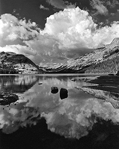 floating-erratics-cumulus-tenaya-lake-5