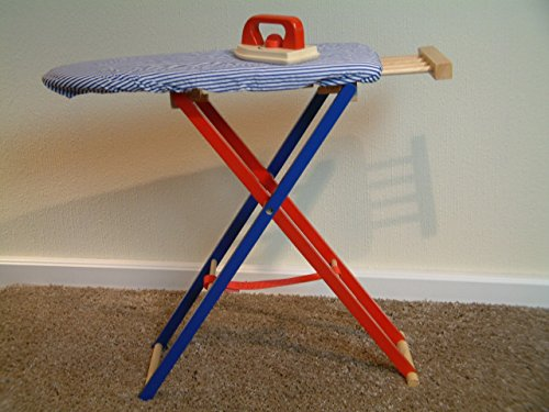 Aufklappbares Kinder-Bügelbrett mit blau/weiß gestreiftem Stoffbezug + Bügeleisen aus Holz (Alter: ab 3 Jahre)
