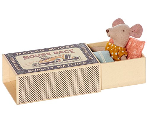maileg-little-sister-matchbox-mouse-in-yellow-polka-dot-dress-boxed-with-bedding