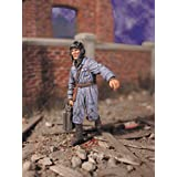 WW2 Russian Tanker, Soldier with Gas Can (1 35 model figure, Warriors 35544) by Warriors