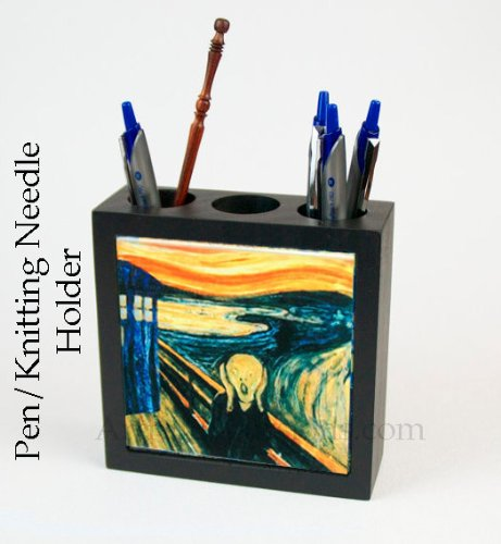 Doctor Who Desk Accessory, the Scream Pen Holder, pencil box cup