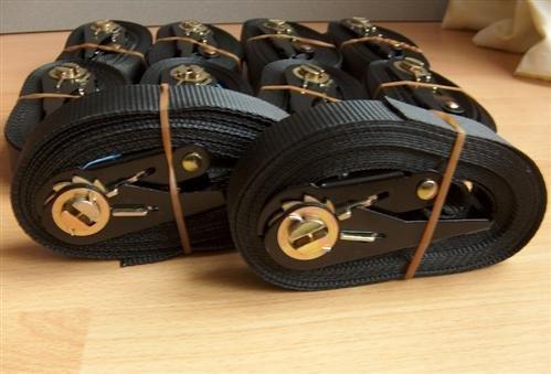 10-schwarze-Spanngurte-m-Ratsche-800-Kg-4-meter-En-12195-2-timtina