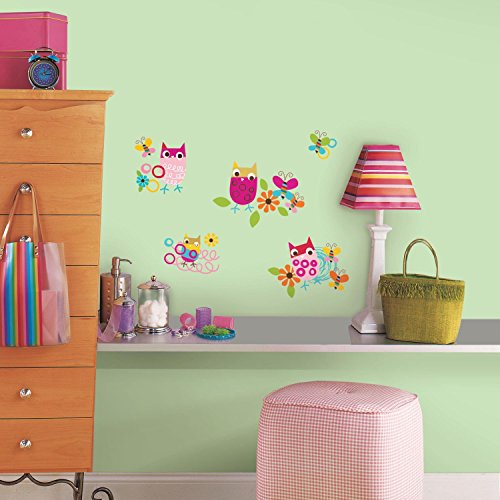RoomMates RMK2722SCS Zutano Owls Peel and Stick Wall Decals - 1