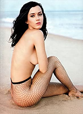 Katy Perry Poster 32 inch x 24 inch / 17 inch x 13 inch