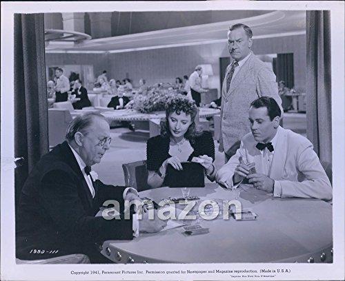 Vintage-Photo-of-Vintage-Movie-THE-LADY-EVE-Barbara-Stanwyck-1941-AIN-662