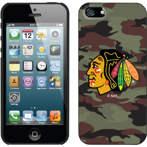Great Sale Chicago Blackhawks« Traditional Camo design on a Black iPhone 5s / 5 Thinshield Snap-On Case by Coveroo