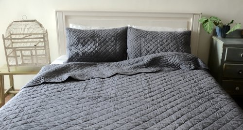 Shabby Chic Coverlet back-996793