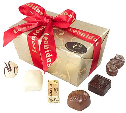 chocolate-christmas-gifts-leonidas-belgian-luxury-assorted-chocolates-22-premium-praline-gift-box