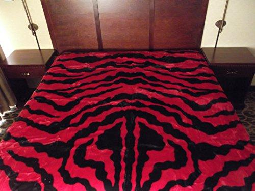 Zebra Hot Pink Bedding front-180066