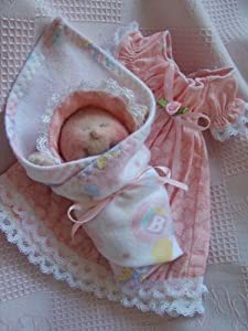 """Soft Sculpture Tiny Baby Doll with Christening Gown-Pattern/005//Instructions-Itty Bitty 4"""" Doll-Make from Craft Velour"""
