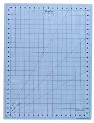 Fiskars 18x24 Inch Donna Dewberry Cutting Mat (12-39777097J)
