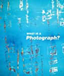What is a photograph : Edition en ang...