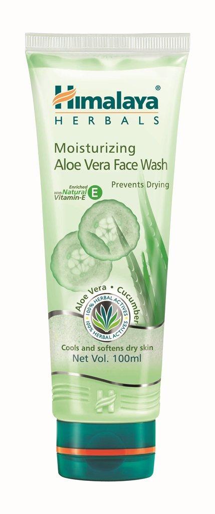 Himalaya Herbals Moisturizing Aloe Vera Face Wash,100ml