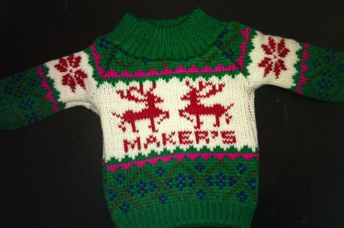 makers-mark-bottle-sweater-officially-licensed-knit