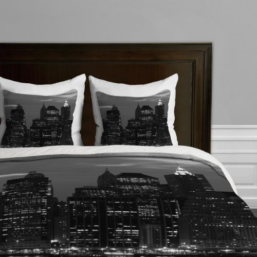 leonidas-oxby-new-york-financial-district-duvet-cover-king