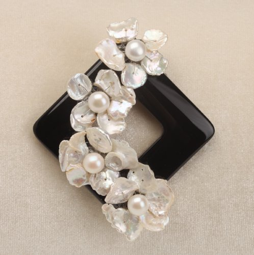 Vintage Balck Onyx Based Pearl Flower Brooch
