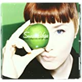 "Nine Objects of Desirevon ""Suzanne Vega"""