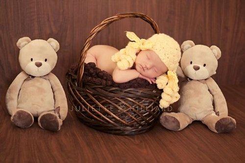 Crochet Newborn Hat Pattern front-1001092