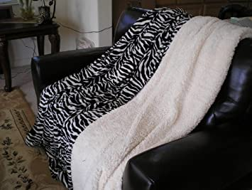 Super Soft Queen Faux Fur / Micro Fiber Reversible Blanket / Bedspread / Throw - Zebra