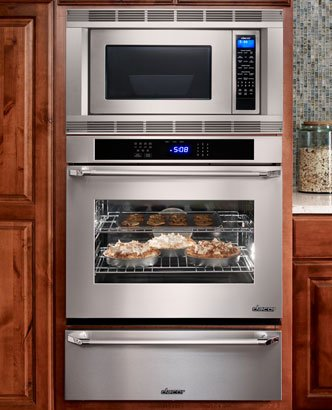 """The Renaissance 30"""" Single Wall Oven continues our tradition of design intelligence to encourage amateur cooking enthusiasts, as"""