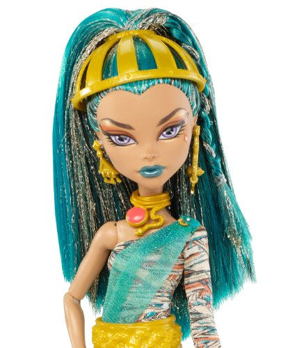 Meet nefera de nile from monster high school trying out toys - Nefera de nile ...