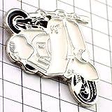 限定 レア ピンバッジ ベスパ白スクーター二輪バイク一台 ピンズ フランス