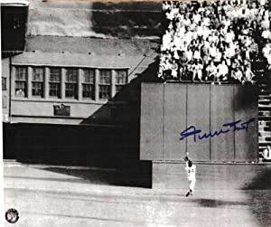 Autographed Hand Signed Willie Mays San Francisco Giants 8x10 Photo by Hall of Fame Memorabilia