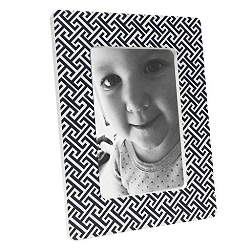 Modern Design Tiny Trellis Print Photo Frame - 1