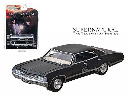 1967 CHEVROLET IMPALA SEDAN 4 DOORS BLACK SUPERNATURAL 1/64 GREENLIGHT 44660E (Dodge Ram Model Kit compare prices)