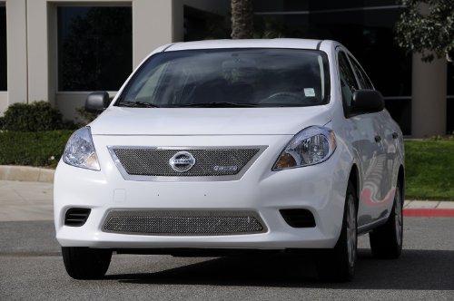 【US直輸入正規品】 T-REX ティーレックス Nissan Versa(日産 ヴァーサ) セダン 2012年 (日本名:TIIDA/ティーダ) アッパークラスメッシュグリル ※ロゴ入りメイングリル用1ピース