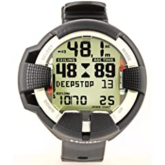 Suunto Helo2 Hoseless Wrist Mixed Gas Diving Computer with Transmitter ~Includes now FREE the Digital online class to get the most out of... by Suunto
