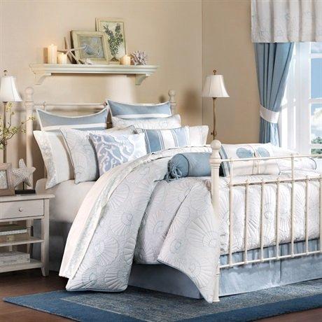 Harbor House Crystal Beach 4-Piece Comforter Set, White, Queen