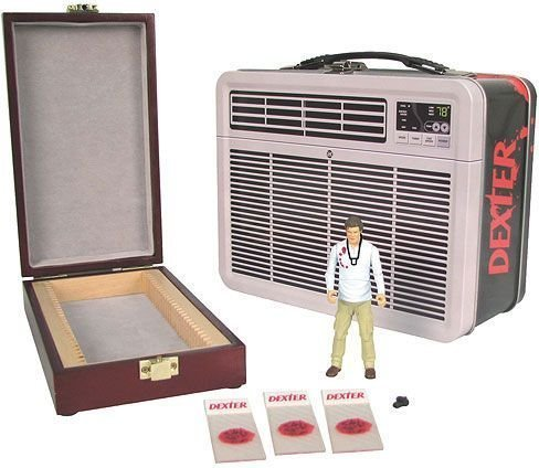 Dexter: 3 3/4-Inch Figure with Blood Slide Box in Tin Tote by Bif Bang Pow!