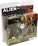 Alien VS. Predator NECA Exclusive Action Figure 2 Pack Alien Vs. Predator