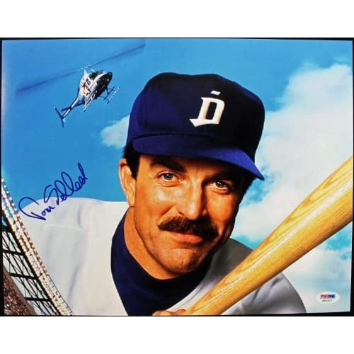 TOM SELLECK MR. BASEBALL SIGNED AUTHENTIC 11X14 PHOTO AUTOGRAPH