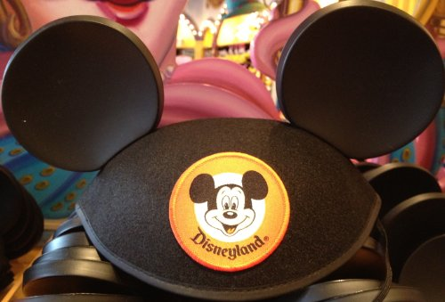 "Disneyland Resort Mickey Mouse Classic Patch ""Black"" Colored Ears Hat"