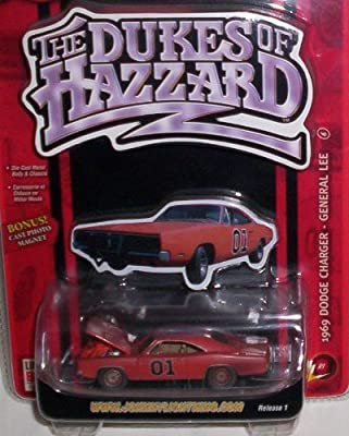 The Dukes of Hazzard ~ 1969 Dodge Charger - General Lee (Dirty Version) with Bonus Cast Photo Magnet ~ Release 1