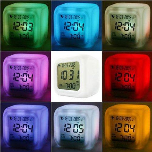 Multifunktions LCD Digital Wecker Thermometer Datum Glühend LED Nacht 7 Farbwechsel kaufen