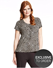 Plus Animal Print 7 Pleat Top with StayNEW™