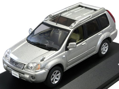 J-Collection-143-Nissan-X-TRAIL-Xtt-2005-Silver-japan-import