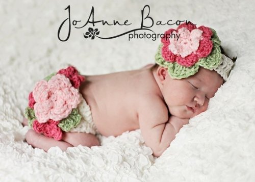 Crochet Pattern 132- Fancy Flower Diaper cover and headband set - 4 sizes included
